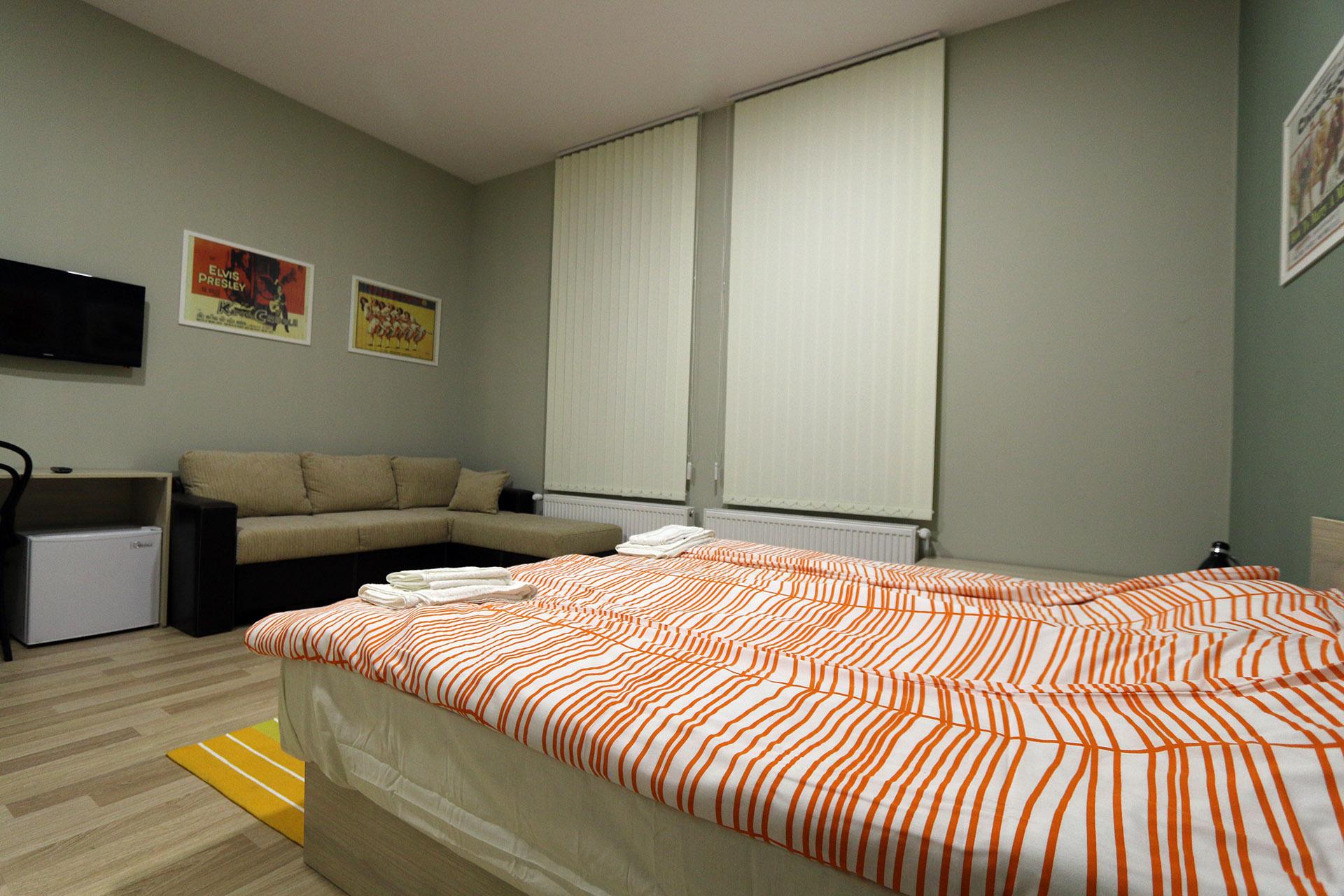 Двойна стая +